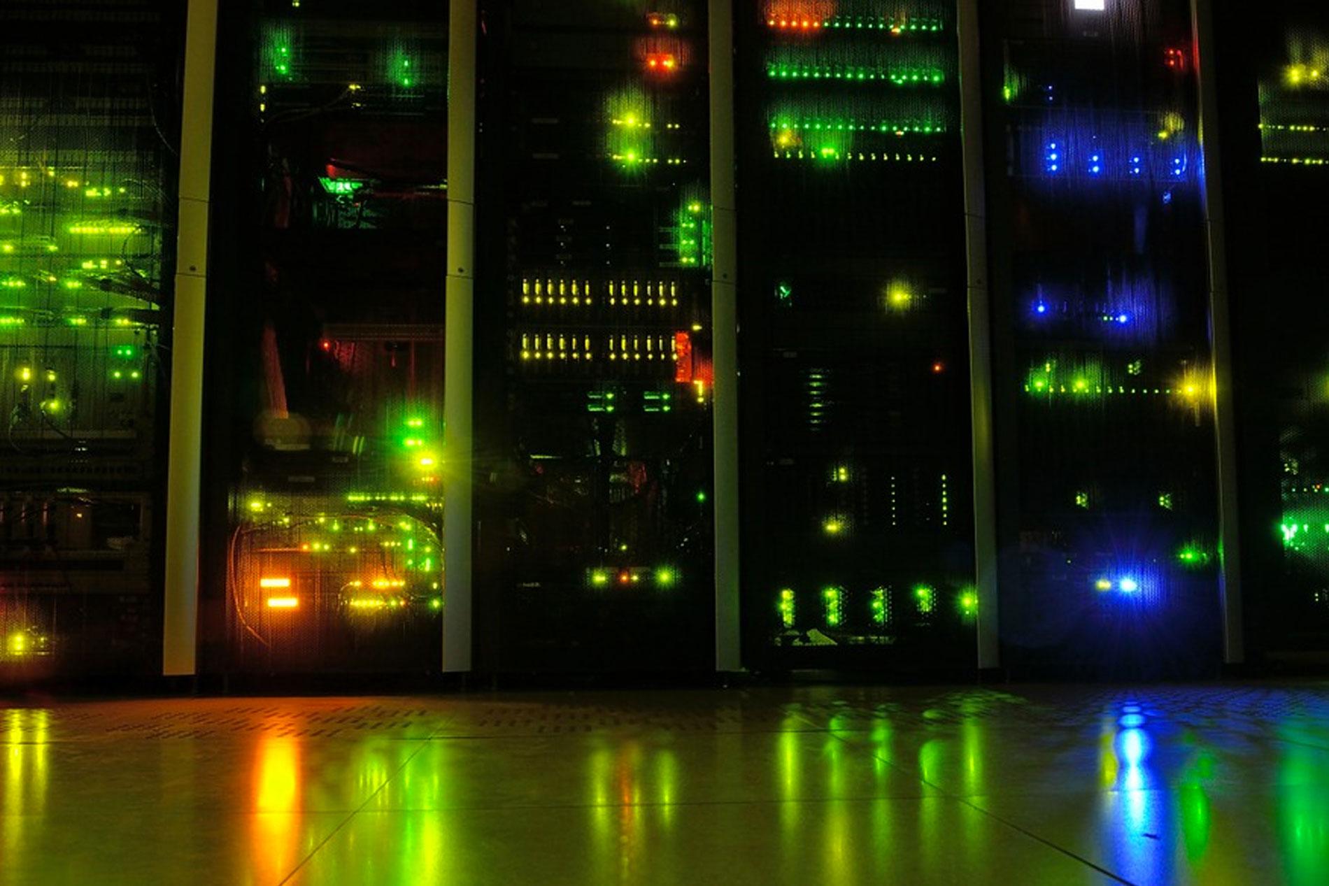 Virtual Private Server (VPS) Hosting vs. Dedicated Hosting