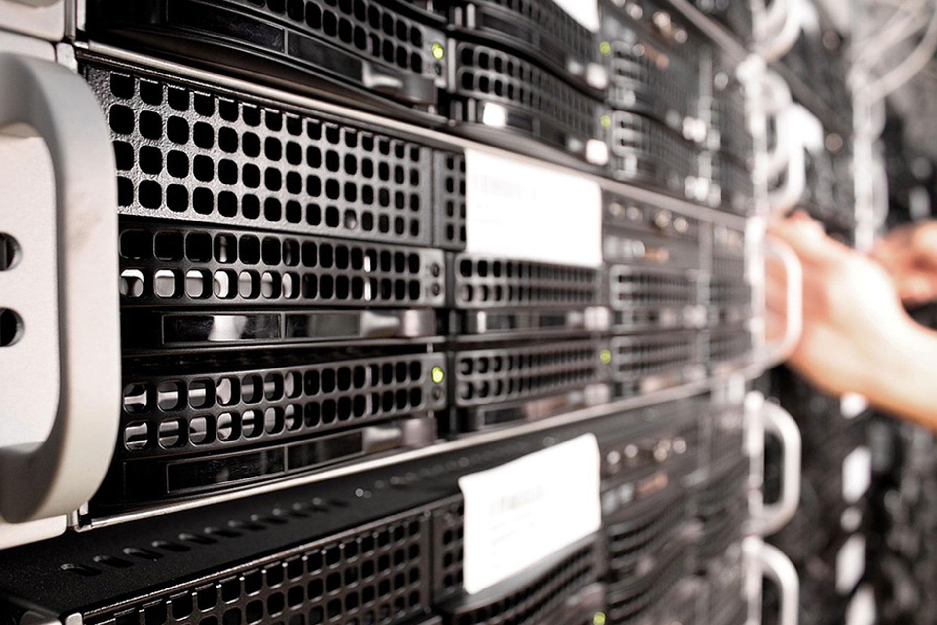 Managed Cloud Hosting vs. Cloud Hosting